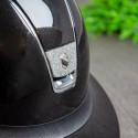 Samshield ridehjelm Miss Shield Glossy sort med sølv crystal front logo